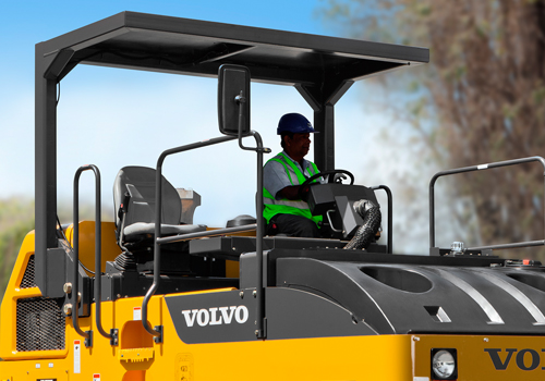 [web]volvo-benefits-asphalt-compactor-pt220-t3-roll-over-protective-structure-2324x1200
