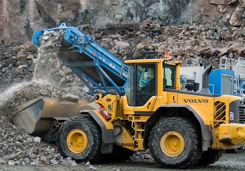 [web]volvo-benefits-wheel-loader-l120f-t3-the-right-power-2324x1200